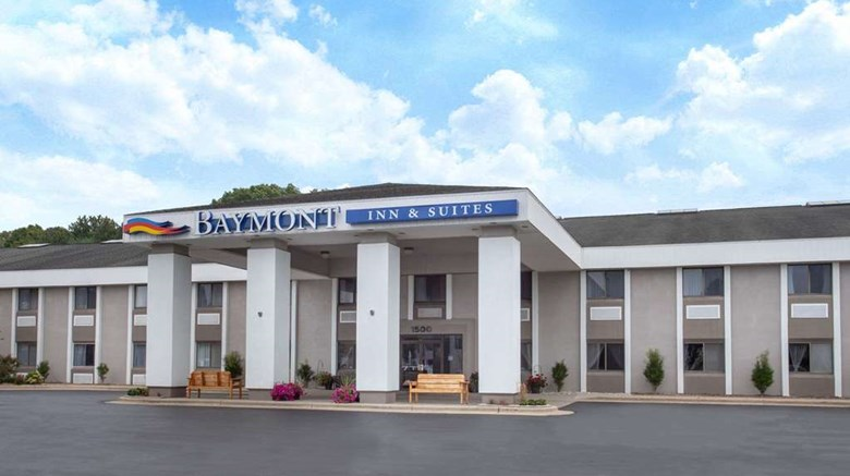 Baymont Inn Suites Grand Haven Exterior Images Ed By A Href