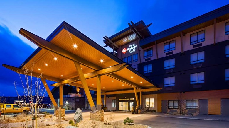 "Best Western Plus Merritt Hotel Exterior. Images powered by <a href=""http://web.iceportal.com""  target=""_blank"">Ice Portal</a>."