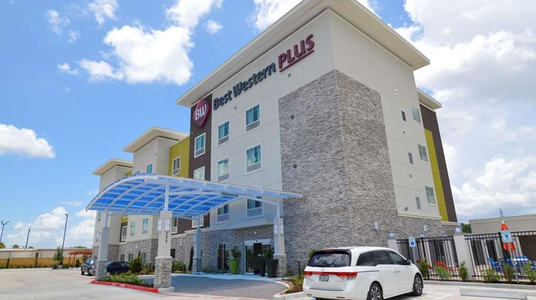 "Best Western Plus Pasadena Inn & Suites Exterior. Images powered by <a href=""http://web.iceportal.com""  target=""_blank"">Ice Portal</a>."
