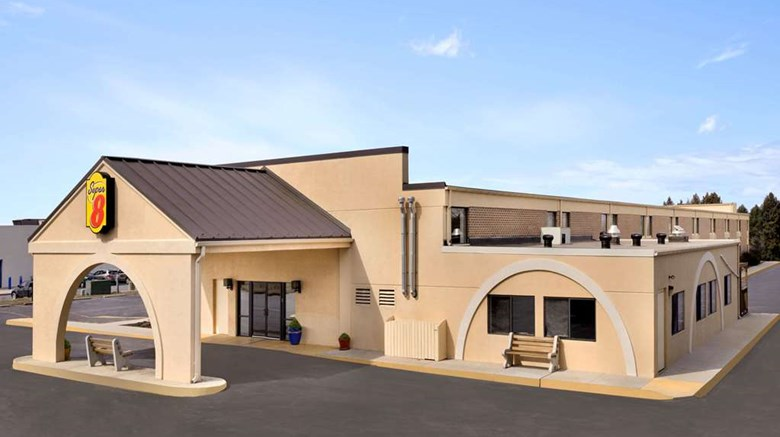 Super 8 Chambersburg I 81 Exterior Images Ed By A Href