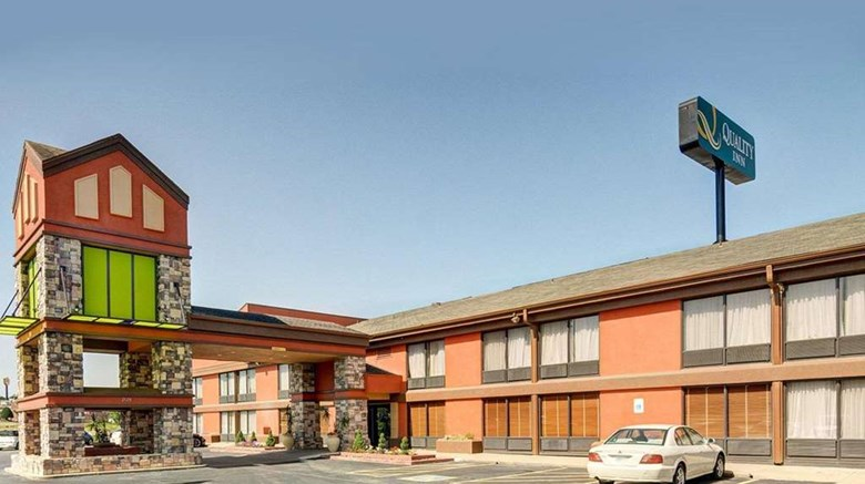 "Quality Inn Exterior. Images powered by <a href=""http://web.iceportal.com""  target=""_blank"">Ice Portal</a>."