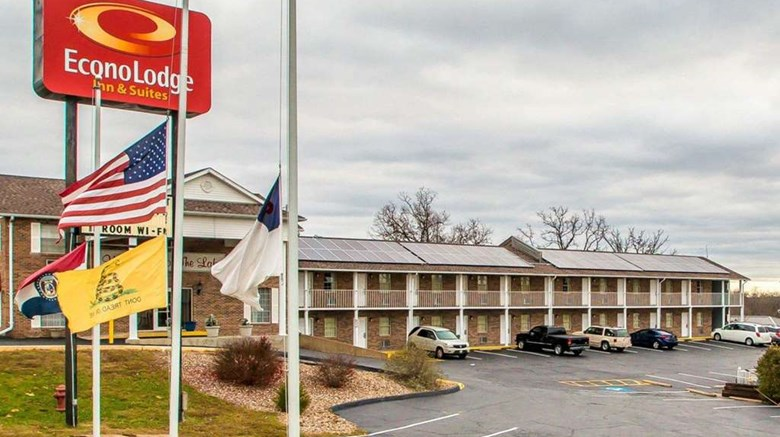 Econo Lodge Lake Of The Ozarks Exterior Images Ed By A Href