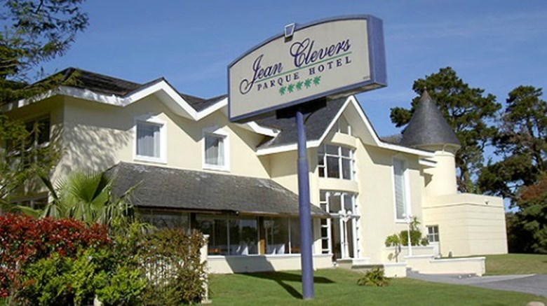 Jean Clevers Park Hotel Exterior