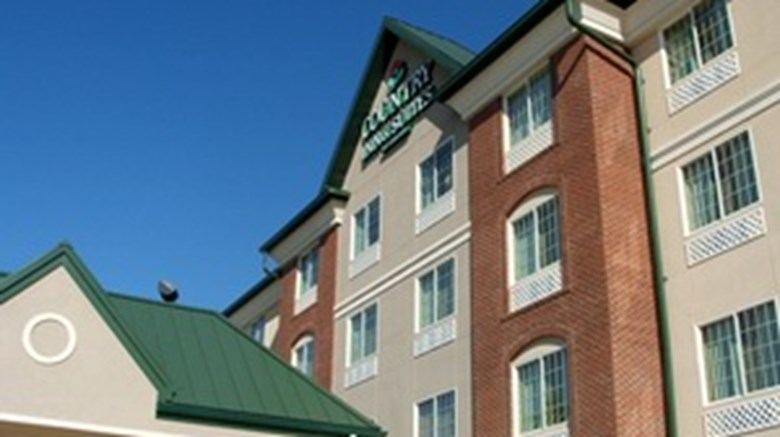 Town Country Inn Suites Exterior