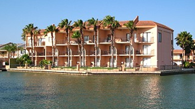 Wind Water Hotel And Resort Exterior
