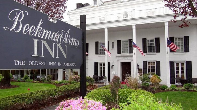 Beekman Arms Hotel & Delamater Inn Exterior