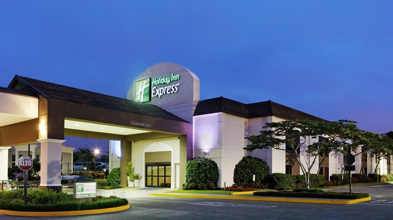 "Holiday Inn Express Exterior. Images powered by <a href=""http://www.leonardo.com""  target=""_blank"">Leonardo</a>."