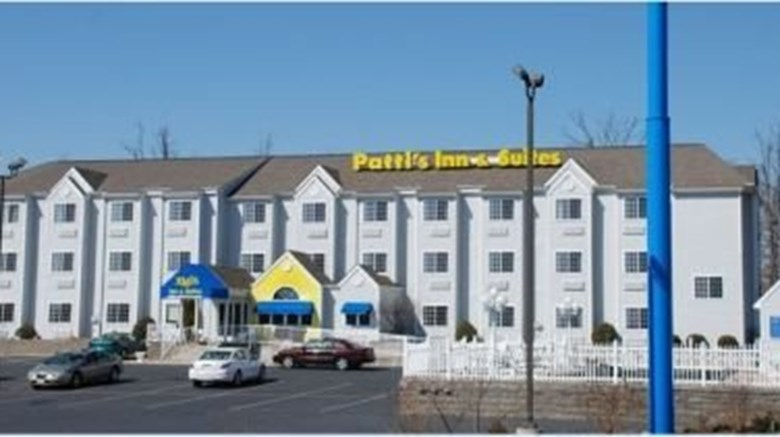 Patti S Inn Suites Of Grand Rivers Exterior Images Ed By A Href