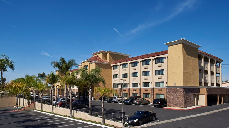 Holiday Inn Express San Go South Exterior Images Ed By A Href
