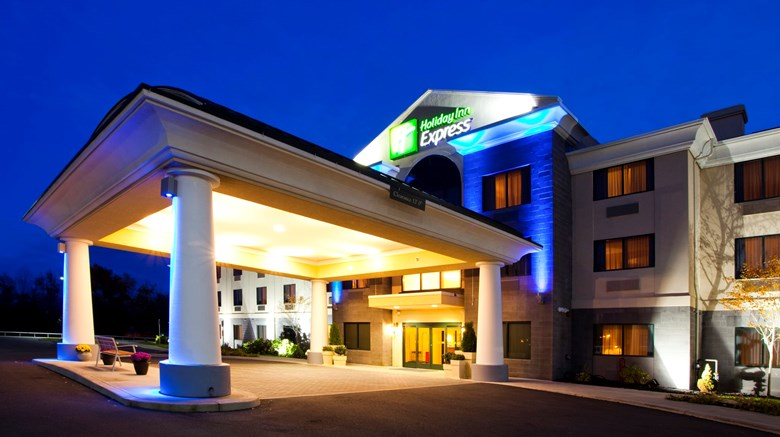 Holiday Inn Express Tourist Class Syracuse Ny Hotels Gds