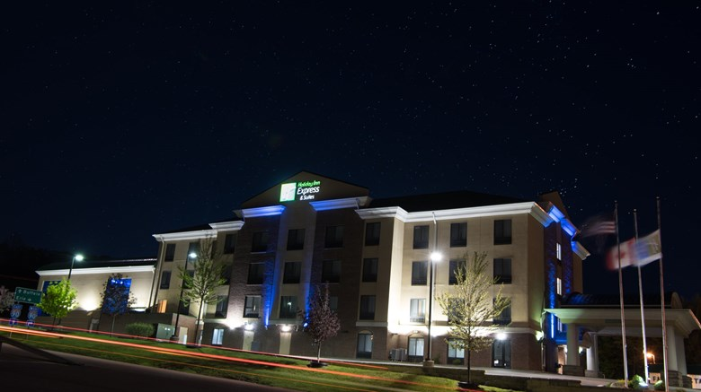 Holiday Inn Express North East- Tourist Class North East, PA Hotels