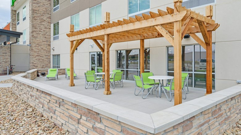 Holiday Inn Express Suites Chadron Exterior Images Ed By A Href