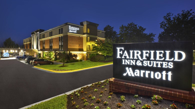 Fairfield Inn Suites Reston Herndon Exterior Images Ed By A Href