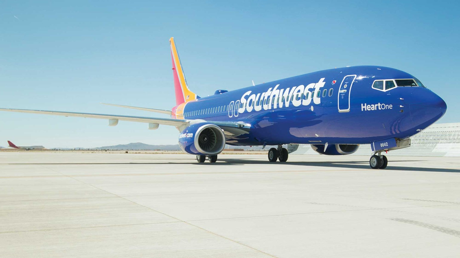 Southwest socked with $1.6M penalty for 16 tarmac delays