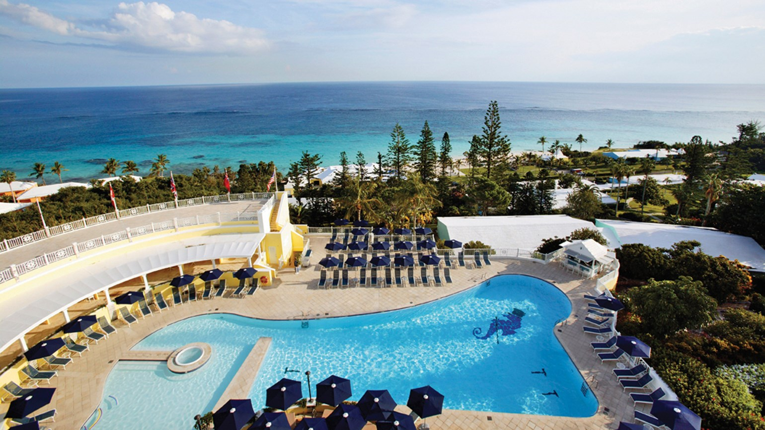 Bermuda resort renews and relaxes