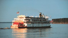 Delta Queen has new owner, could sail again