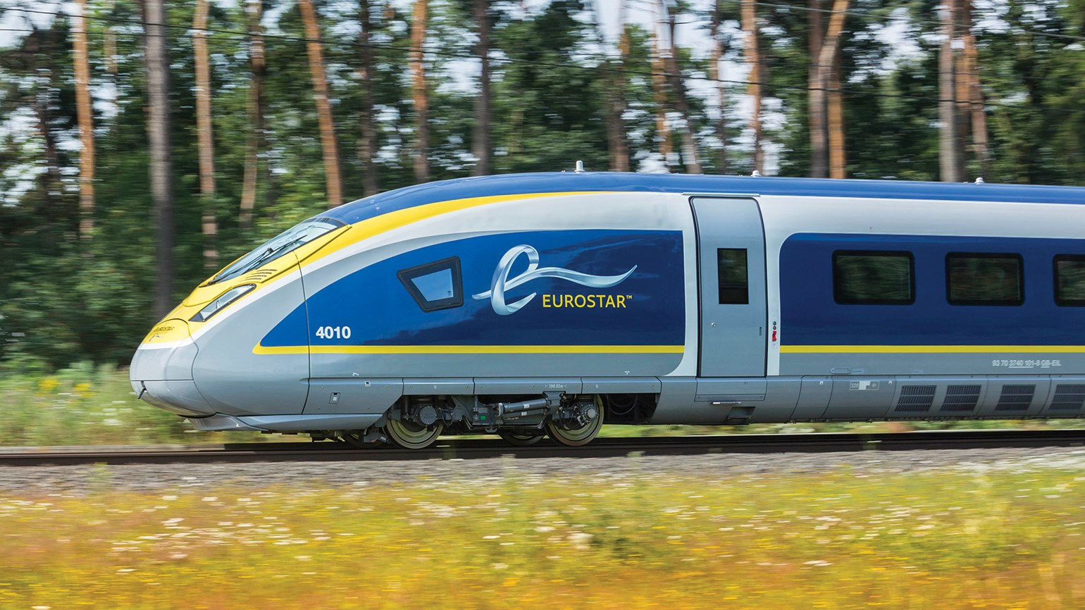 U.K. agrees to sell its 40% stake in Eurostar