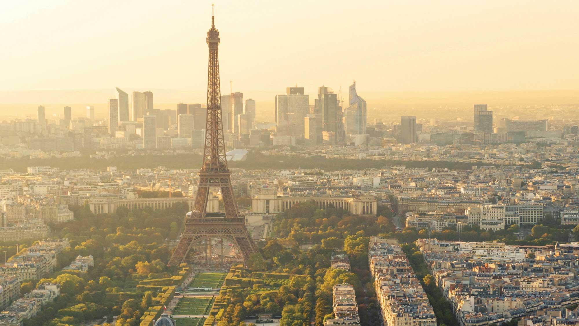 Operators Protest Steep Rise In Paris Tour Bus Parking
