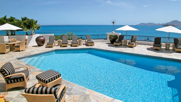 L'Oasis in St. Martin boasts seven bedroom suites and two pools.