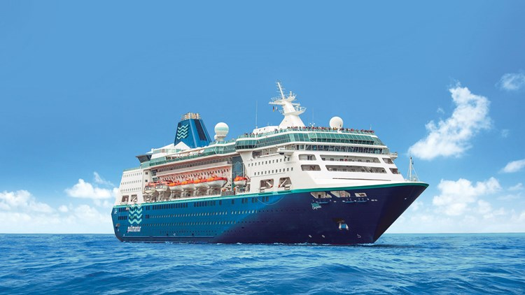 Royal To Welcome Back Pullmantur Ship As Empress Of The Seas - Empress of the seas cruise ship