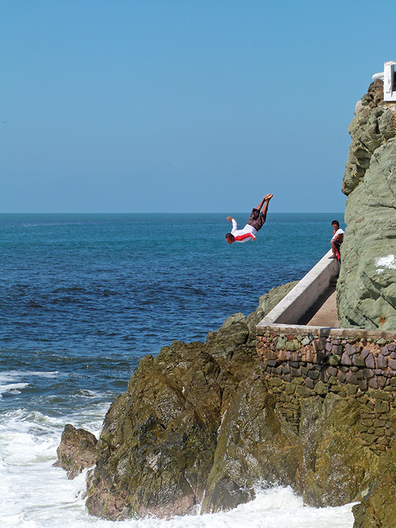 Cliff divers in Mazatlan. Photo Credit: Kris Fronzak