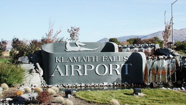 Pilot Shortage A Blow To Regional Airports Travel Weekly - Airports in oregon