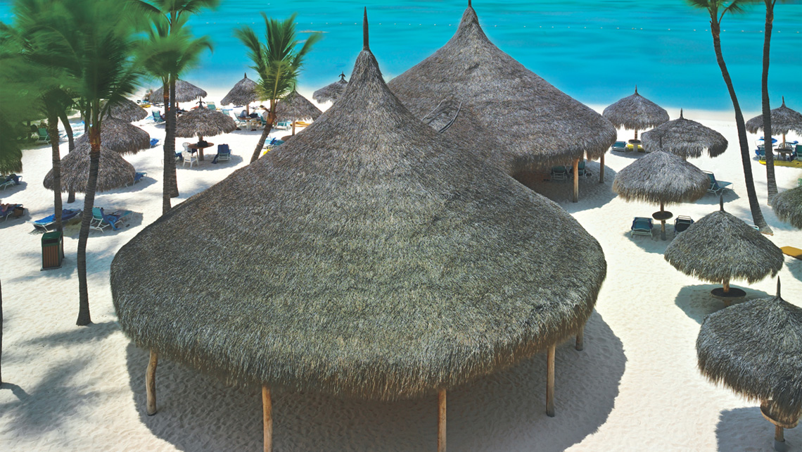 Guests at the Hyatt Regency Aruba Resort & Casino can reserve a beach or pool palapa in advance from their mobile devices.