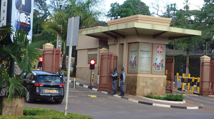 Security at the entrance gate to the mall.<br /><br /><strong>Photo Credit: Abe Peck</strong>