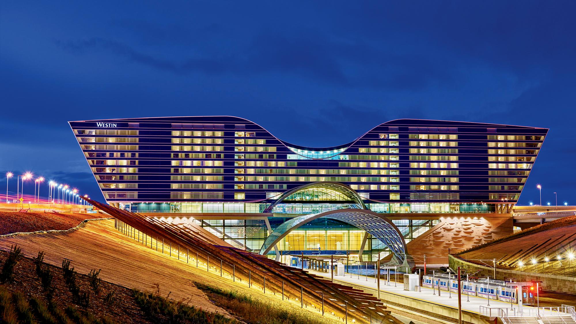Upper Upscale Hotel Cements Denver Airport S Status