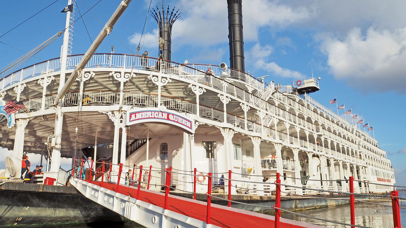 River cruise lines push back resumption of operations