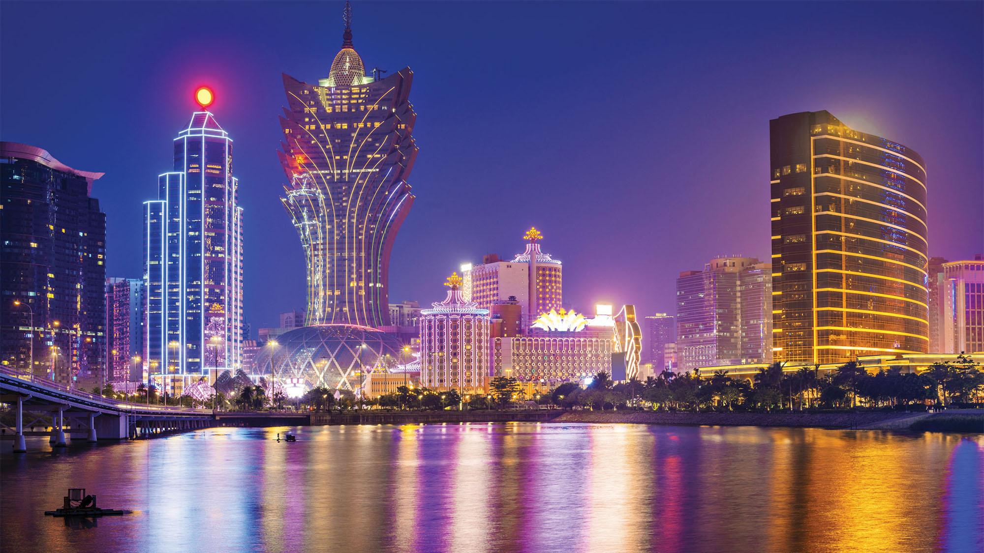 casino gaming in macau evolution regulation and challenges