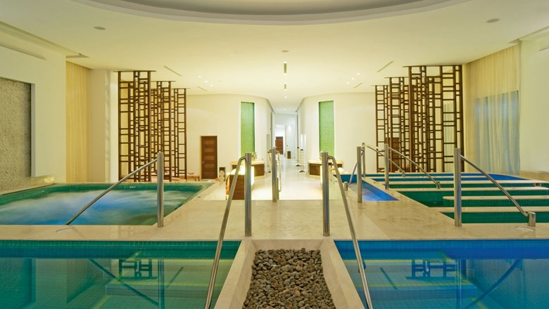 The wet area for the 10-step hydrotherapy ritual at the Gem Spa at the Grand Fiesta Americana Coral Beach Cancun.