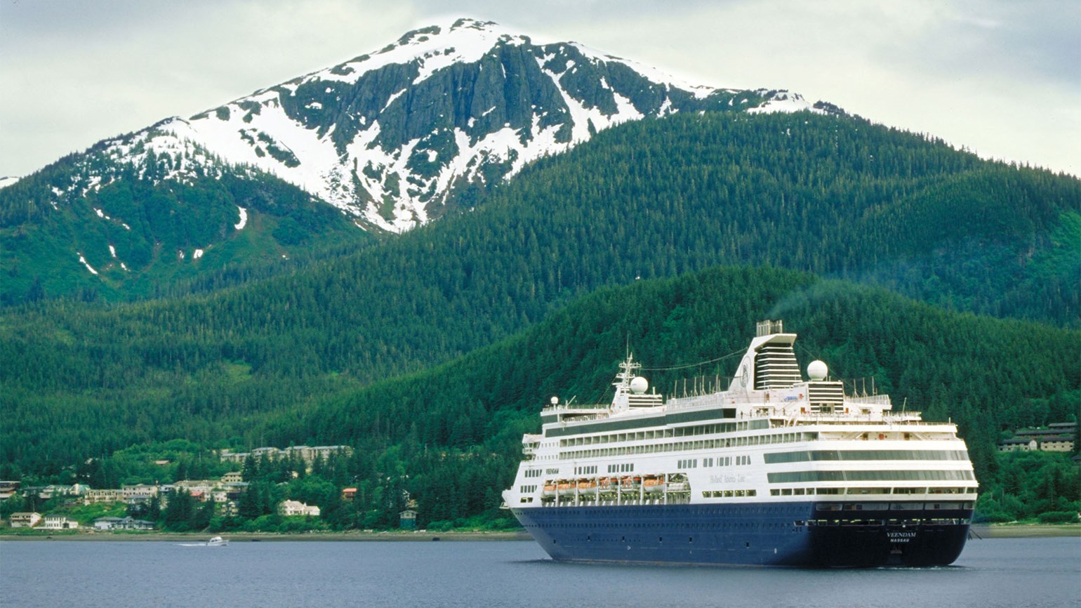 Alaska cruise passengers to exceed 1 million in 2016