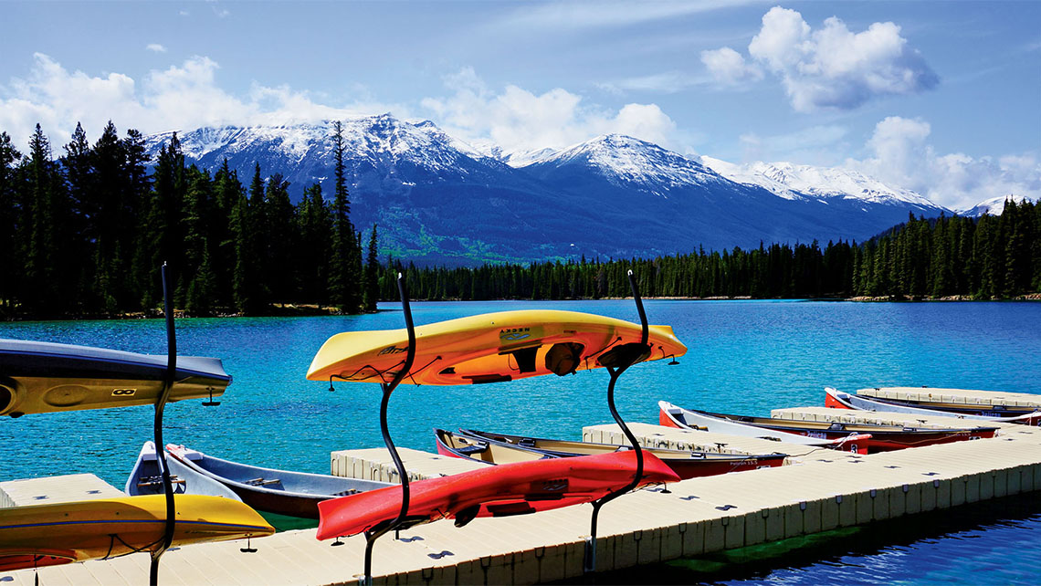 Unplugged active rockies by rail travel weekly for Crosby cabin jasper park lodge