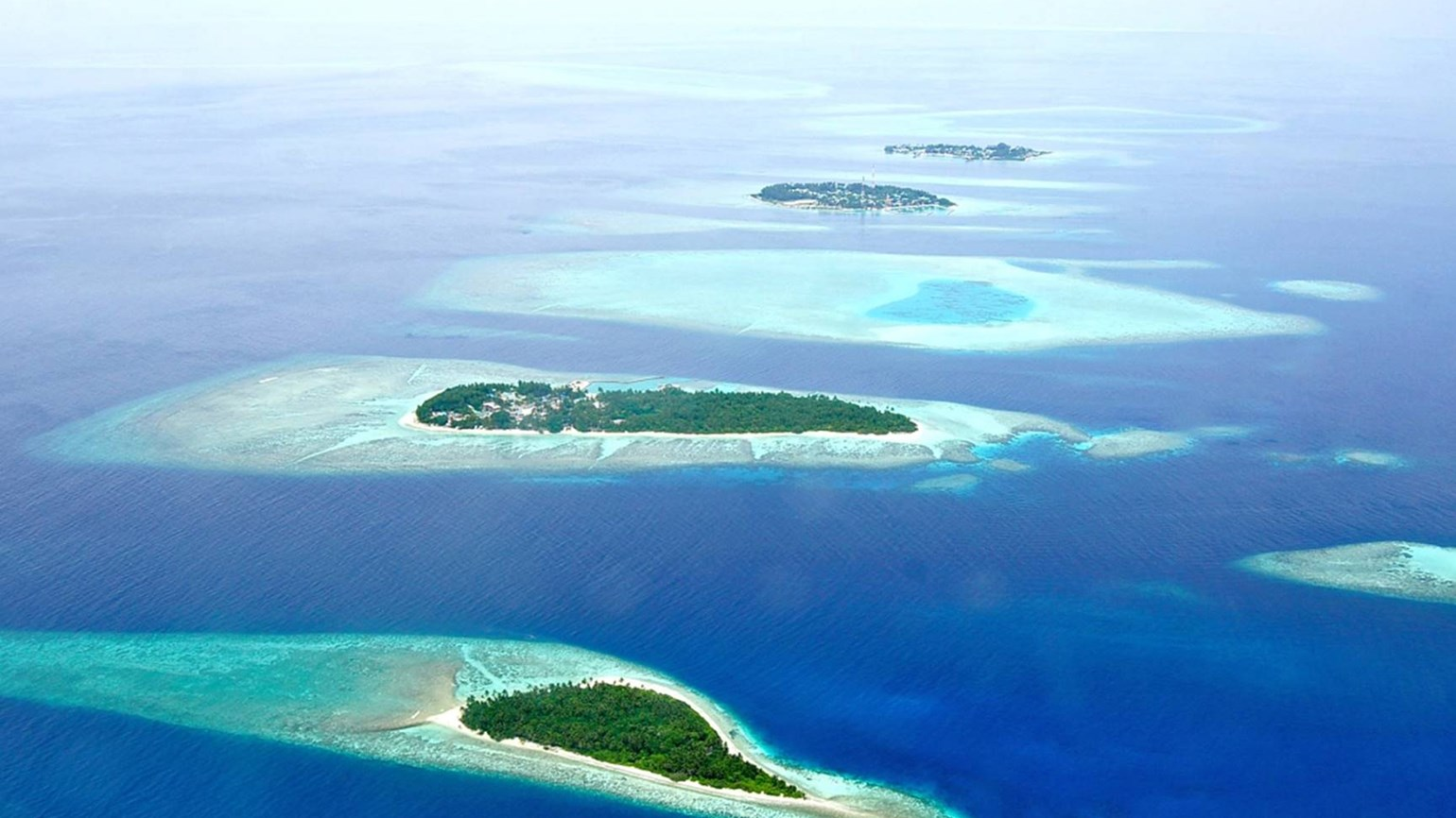 Maldives tour, $1,500