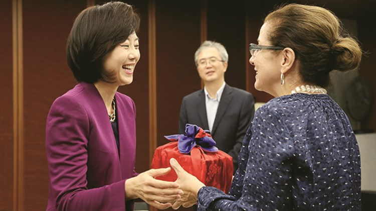 The author with Yoon-Sun Cho, Korea&#39;s minister of tourism, sports and culture.<br /><br /><strong>Photo Credit: Jeon Han, Korea.net</strong>