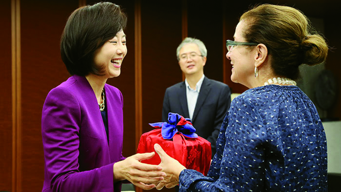 The author with Yoon-Sun Cho, Korea's minister of tourism, sports and culture. Photo Credit: Jeon Han, Korea.net