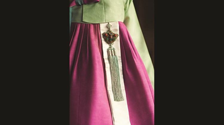 The traditional high-waisted, silk-spun hanbok is still worn for special occasions.<br /><br /><strong>Photo Credit: Korea Tourism Organization</strong>