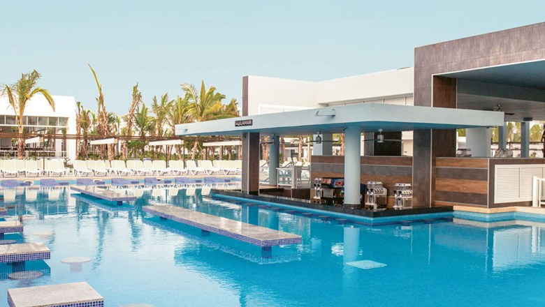 The Aquamar swim-up pool bar at the Riu Republica. The resort has three pools on the property.