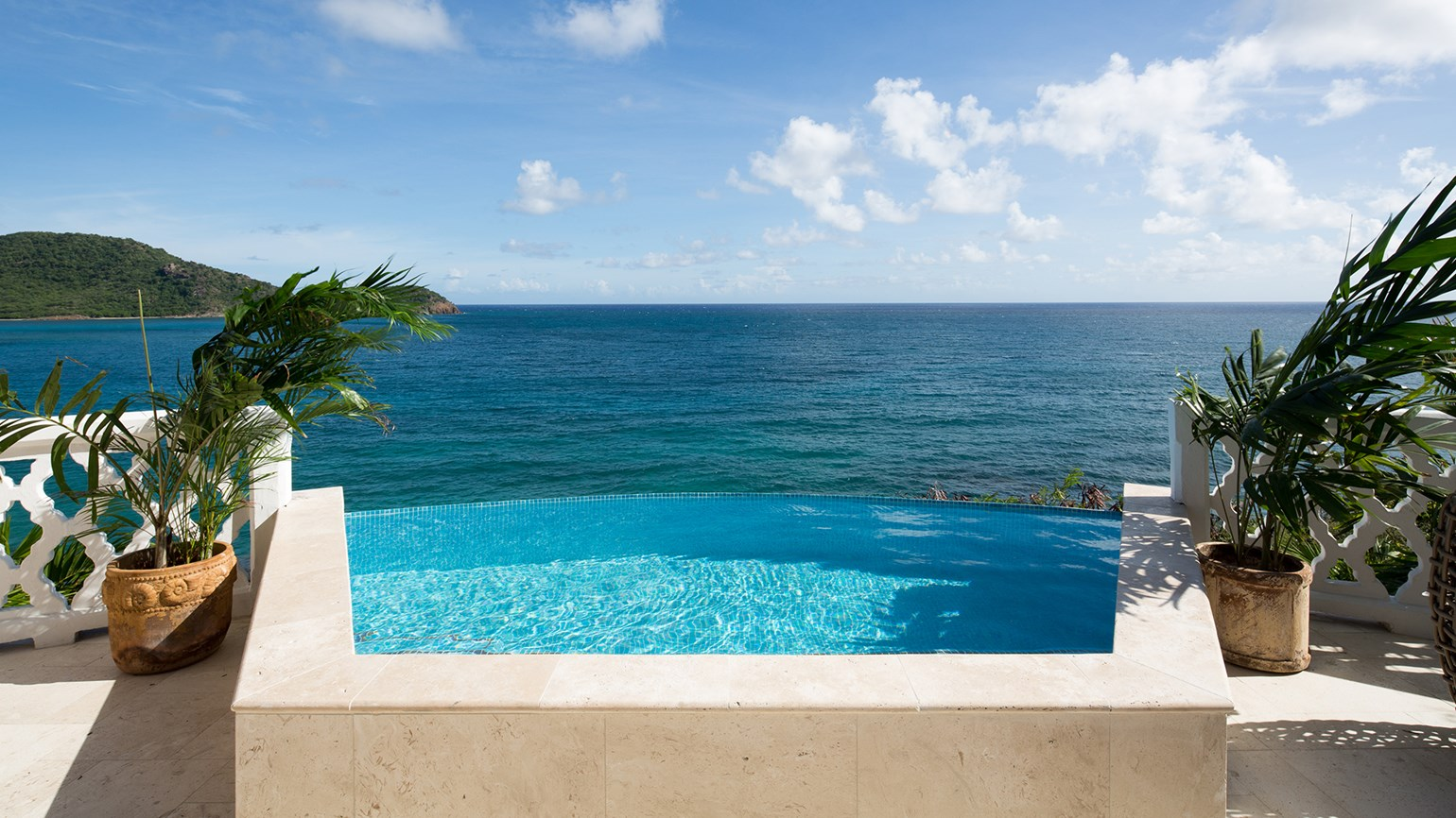 Curtain Bluff to close next spring for 6-month renovation: Travel Weekly
