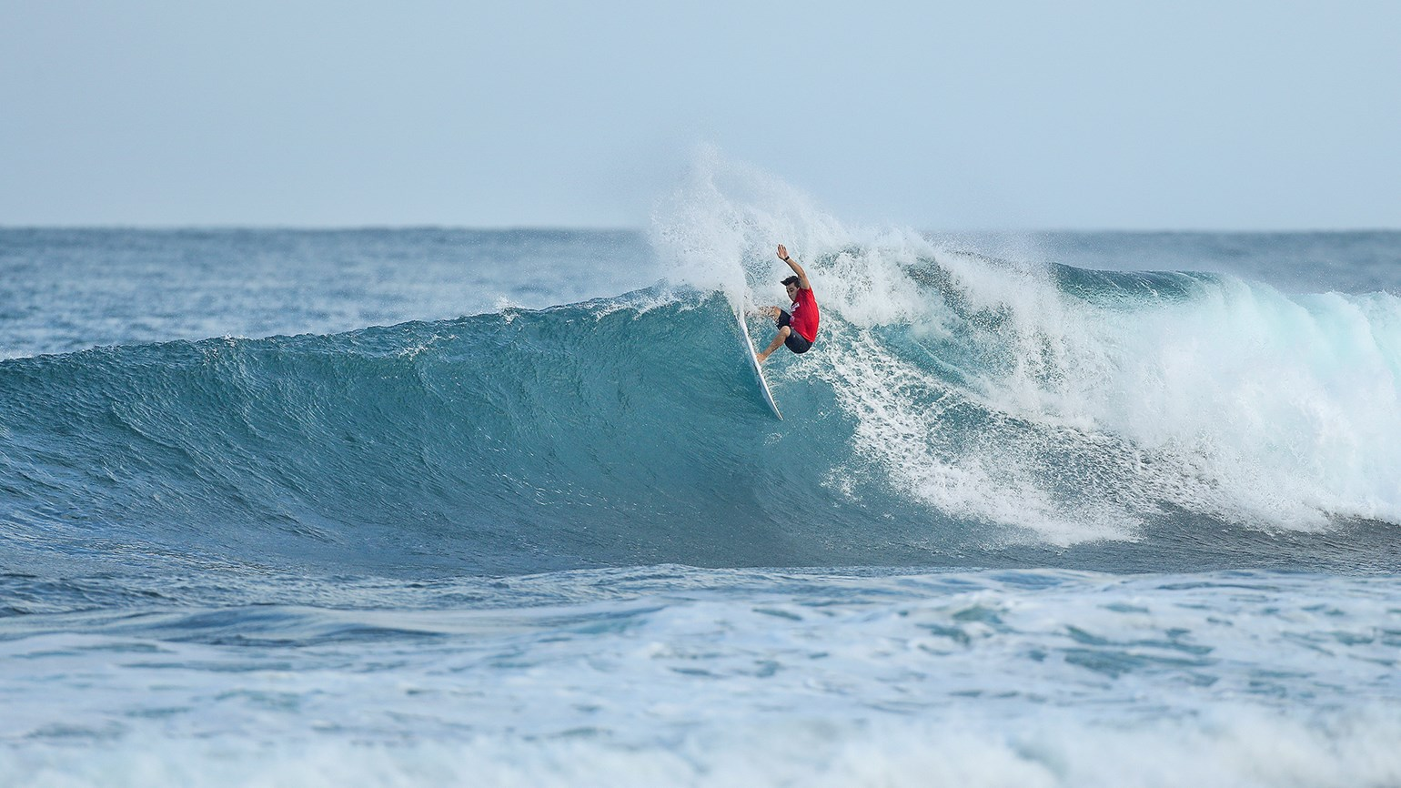 Oahu surf contests back for big wave season