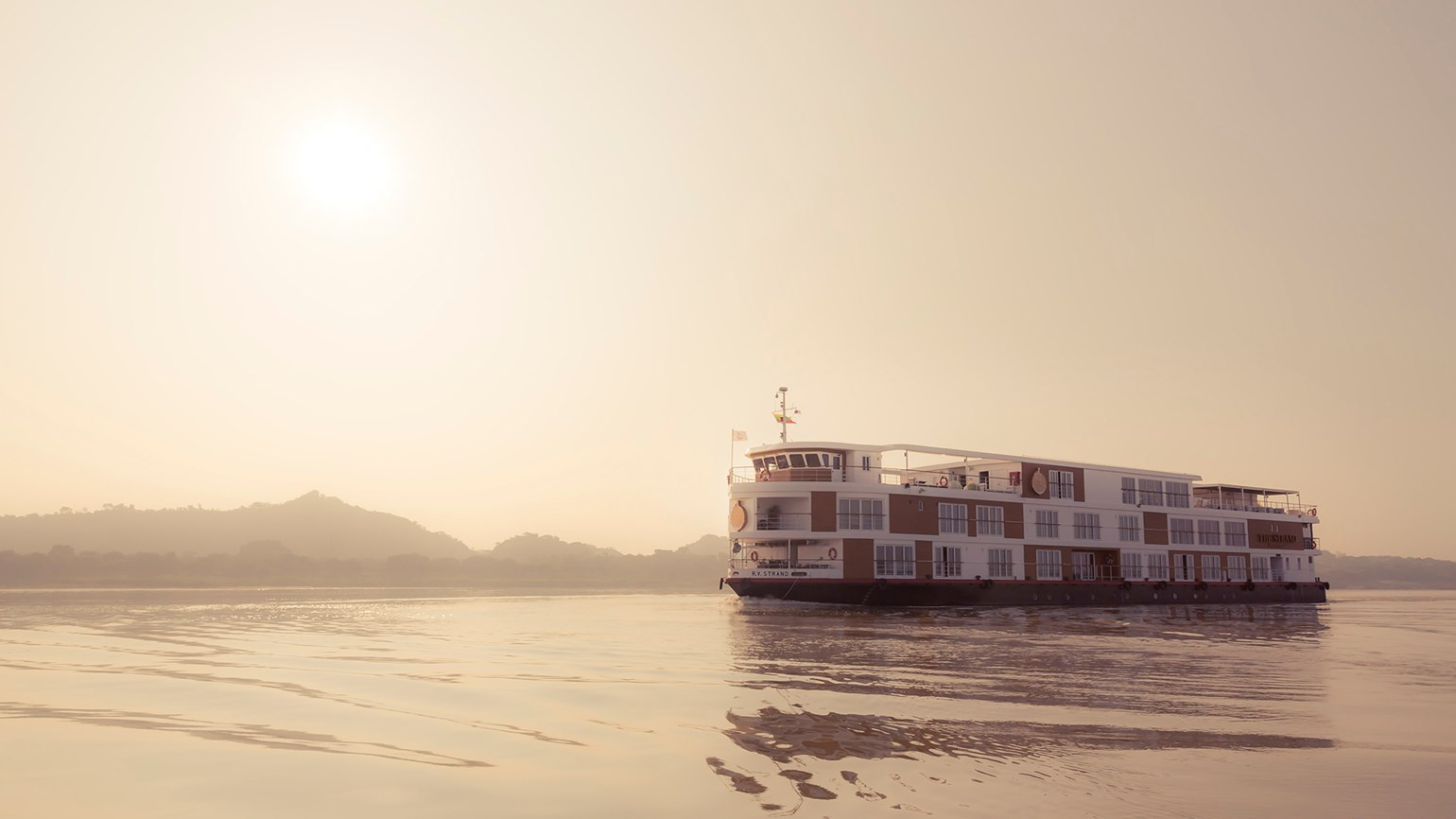 Burmese hotelier combines hotel stays with river cruises