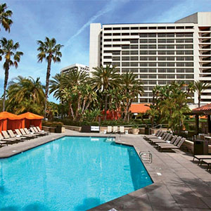 California 39 S Hotel Irvine Features Fourth Of July Summer Packages Travel Weekly