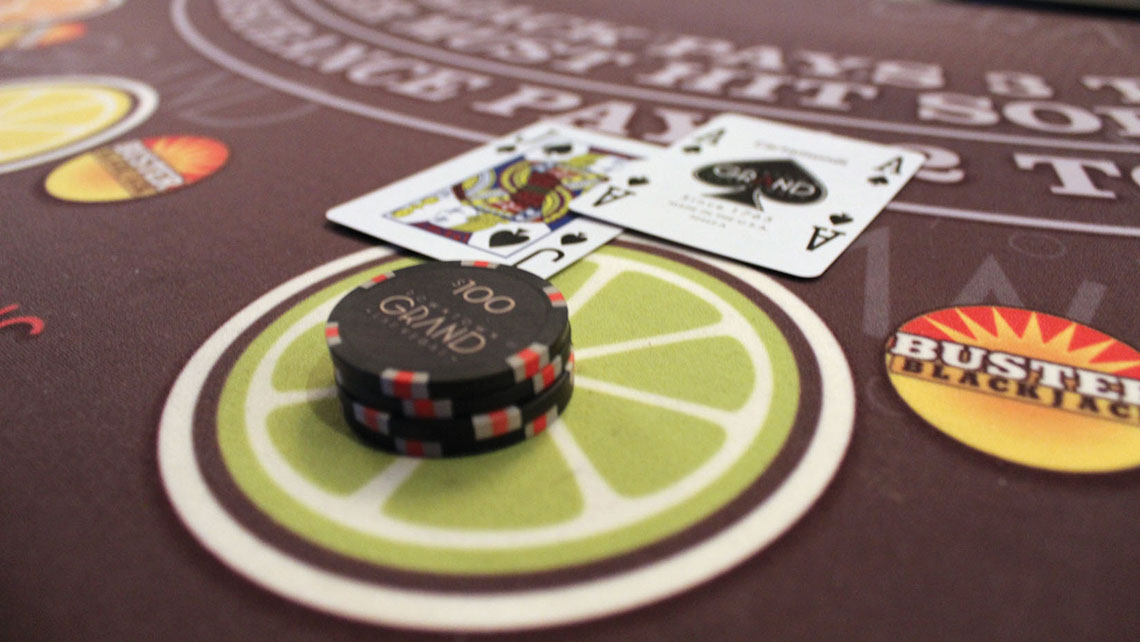The Downtown Grand Hotel & Casino still offers 3-to-2 payoffs for hitting a natural blackjack.