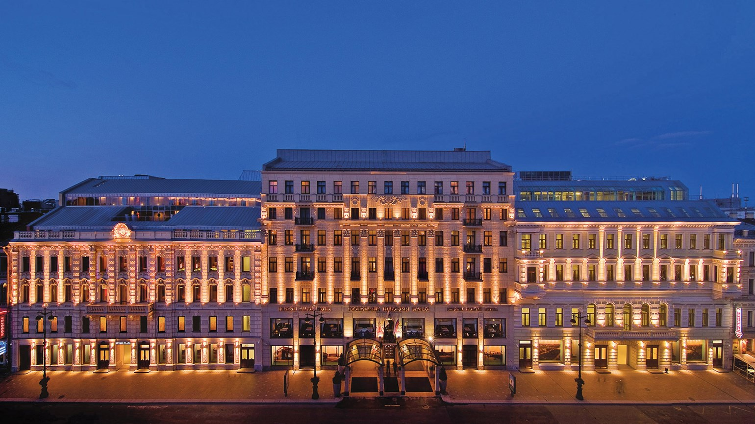 Corinthia Hotel St. Petersburg promotes 'Art a la Carte' package