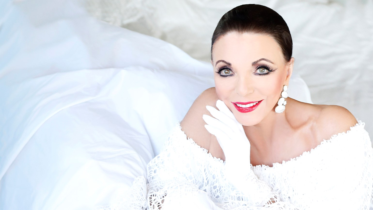 Joan Collins to christen Uniworld's S.S. Joie de Vivre