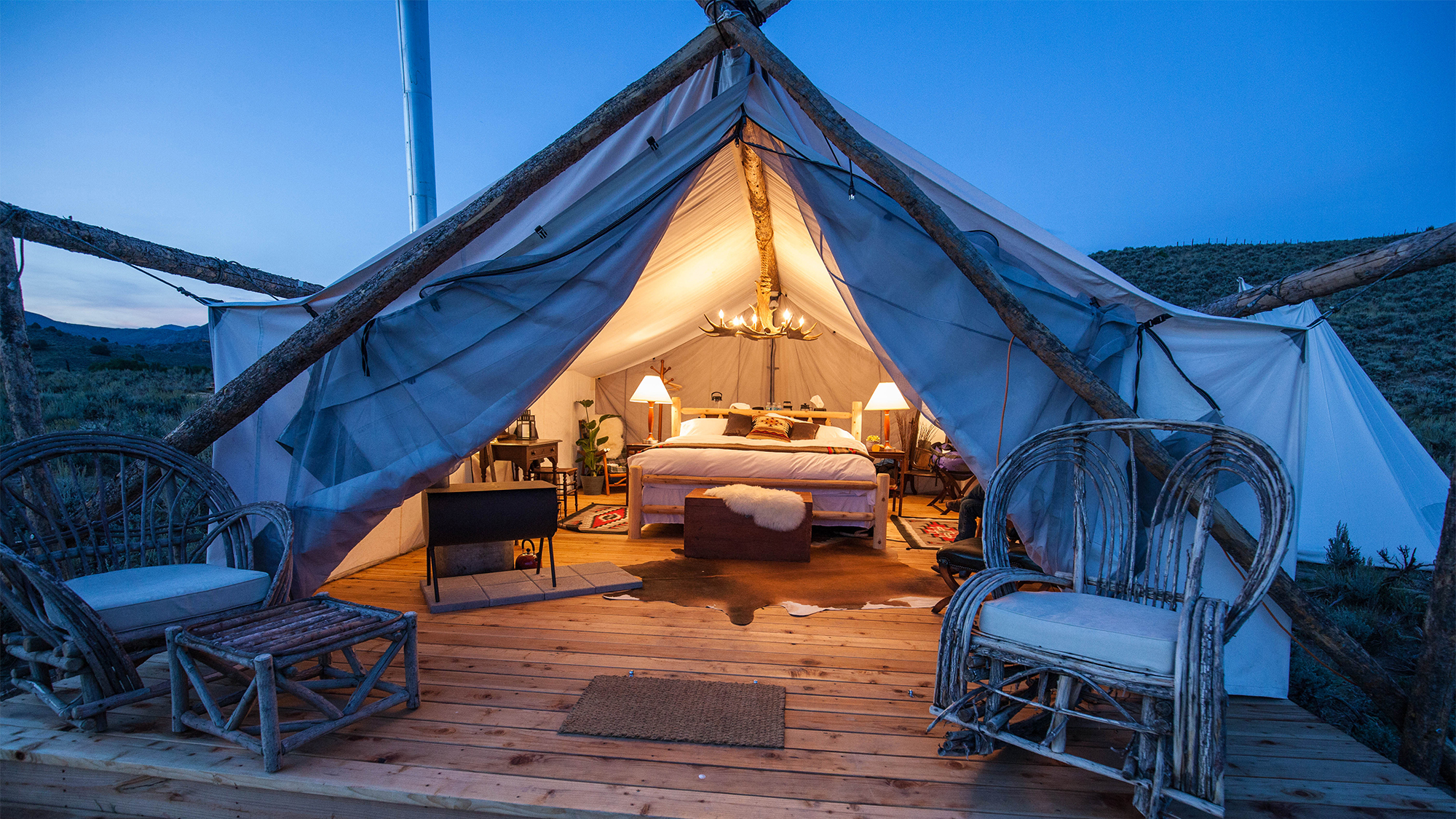 A Collective Retreats luxury tent. & Collective Retreats offers u0027portable resortsu0027: Travel Weekly