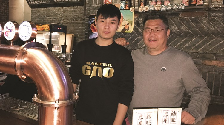 Beer lovers will be interested to know that Nanjing is also home to China's first craft brewery, Master Gao, also a popular bar with 16 taps.