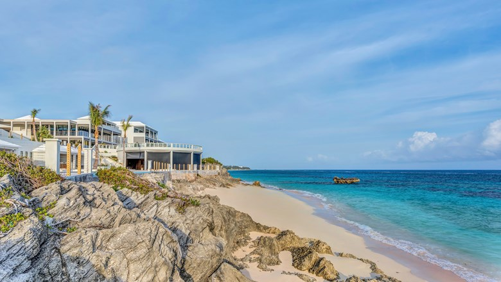 Loren At Pink Beach Opens In Bermuda