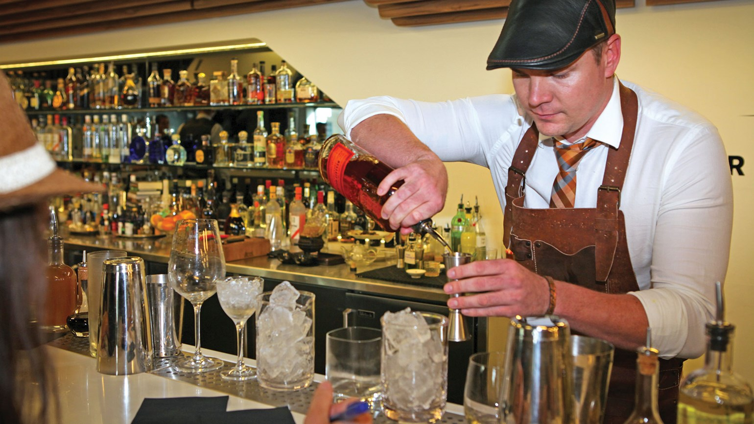 Norwegian Cruise Line bartender advances to finals of global competition